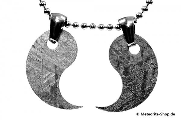 Eisen-Meteorit-Anhänger (Muonionalusta | Partner-Anhänger | Yin und Yang) - 5,90 g