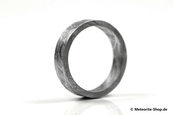 Eisen-Meteorit Ring (Muonionalusta | Unisex | Veredelt) - 3,80 bis 5,00 g