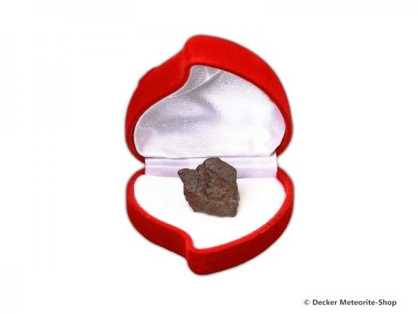 Sternschnuppe z.B. zum Muttertag als Steinmeteorit in roter Rosen-Herzbox