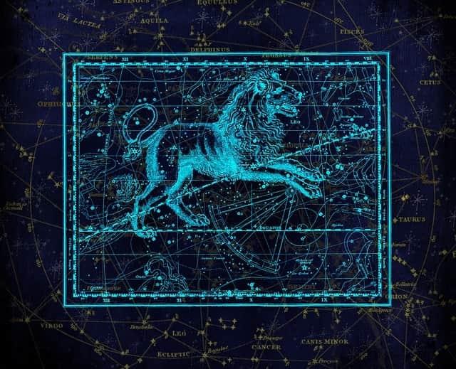 Sternschnuppennächte im Sternbild Löwe: Jährlich wiederkehrend sind vom 6. bis 30. November die Sternschnuppen der Leoniden im Sternbild Löwe zu sehen