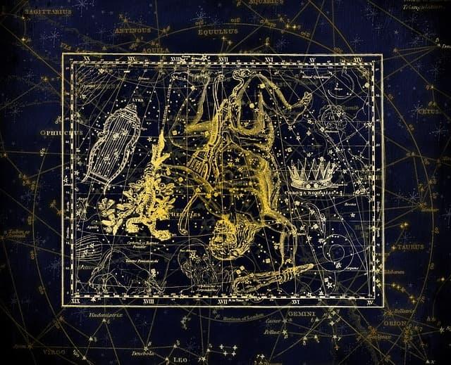 Sternschnuppennächte im Sternbild Leier: Jährlich wiederkehrend sind vom 14. bis 30. April die Sternschnuppen der Lyriden im Sternbild Leier zu sehen