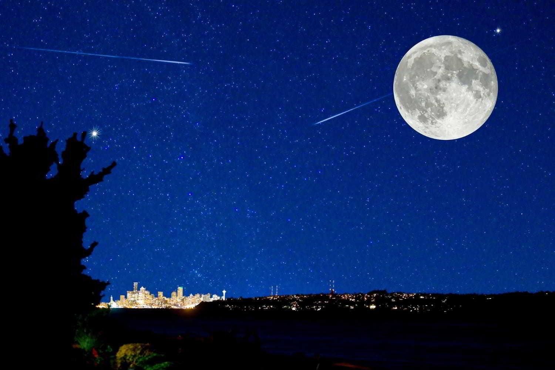 Sternschnuppen sind bei Vollmond am Nachthimmel nicht gut zu erkennen